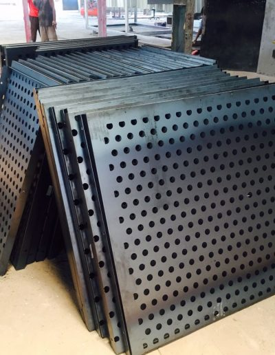 NMJ Powder Coating - Plat perforated